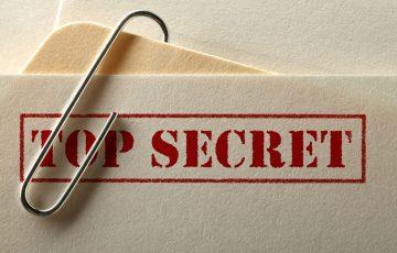 Gdzie polityk nie może, tam szpiega pośle?
