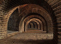 Archeolodzy wPasłęku wposzukiwaniu sekretnego tunelu